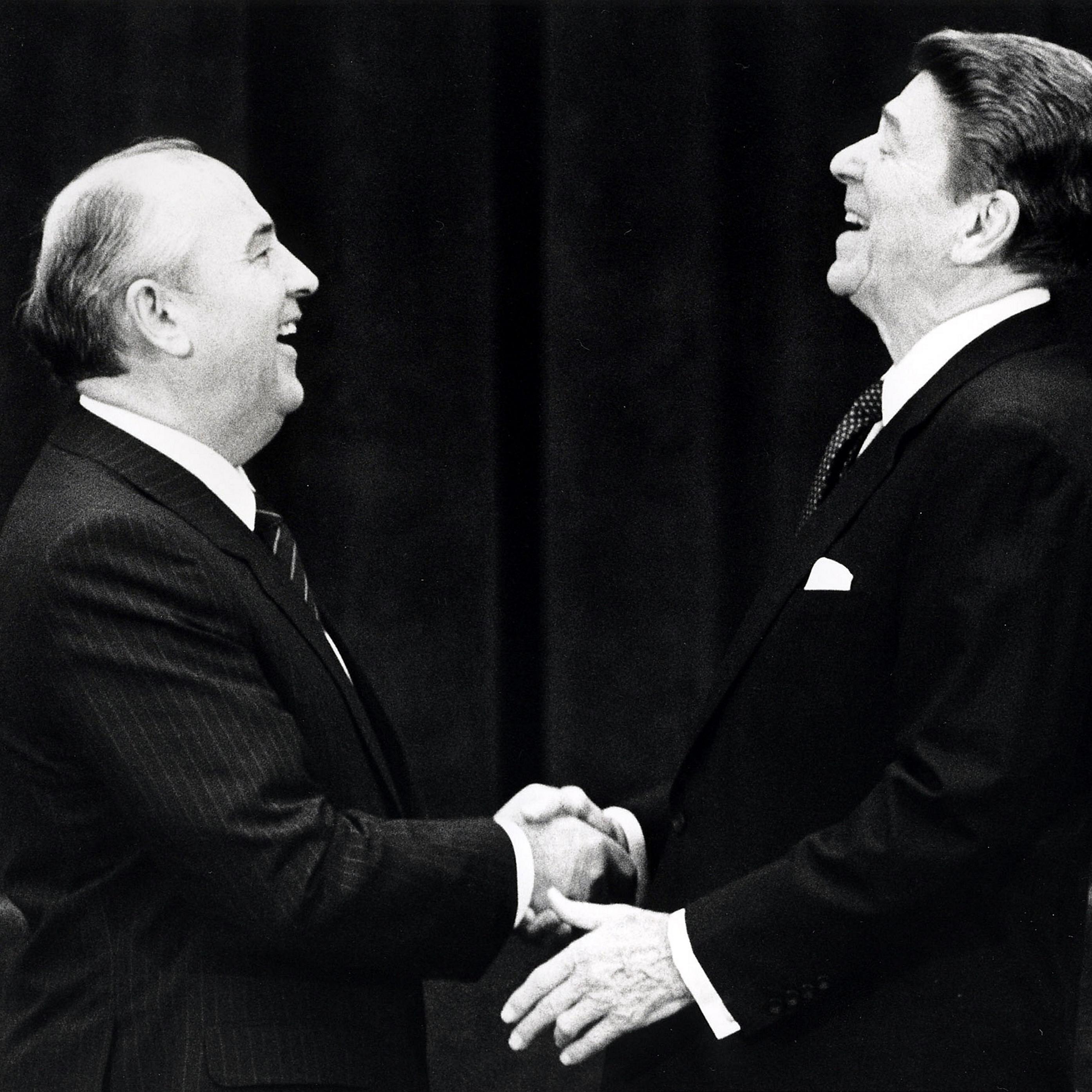Россия и Америка: история отношений